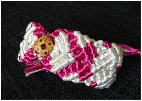 bracelet_M.jpg
