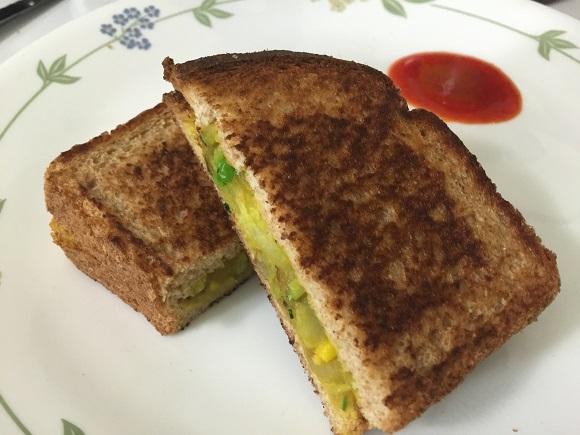 batatabhaajisandwiches7.JPG