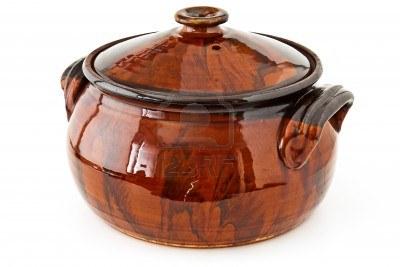 10995203-balkan-traditional-clay-pot-cooking.jpg