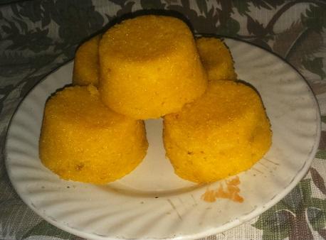 mango cup cake.jpg