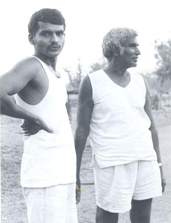Baba Amte-Prakash Amte.jpg