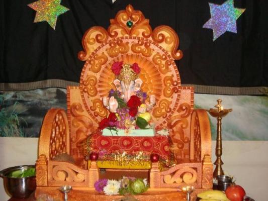 paryaa5-1_ganesh_murti.jpg