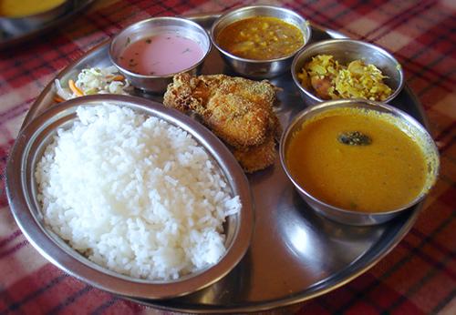 Typical-Goan-Fish-Curry-Rice-Plate.jpg