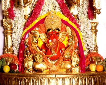 siddhivinayak_temple.jpg