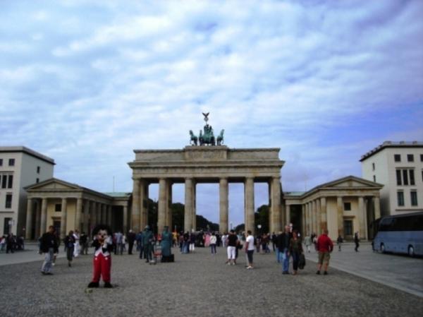 The Brandenburg Gate..JPG