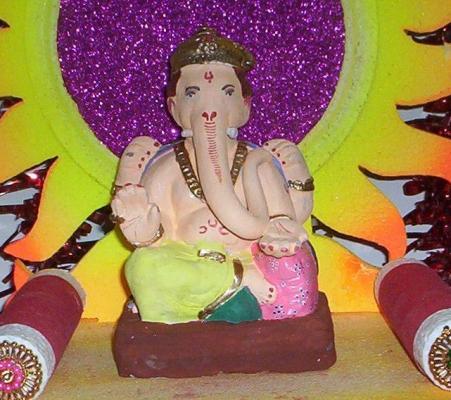Ganpati ani Gauri-2007 057.jpg