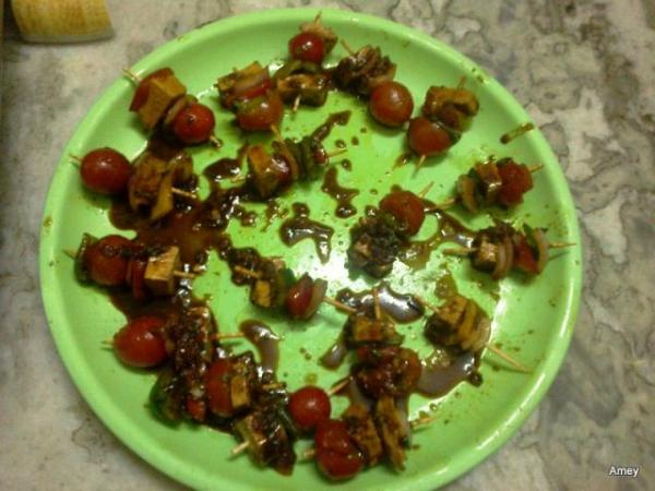 cherry tomato snacks.jpg