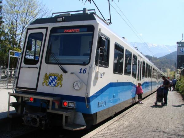 Garmisch_Train.jpg