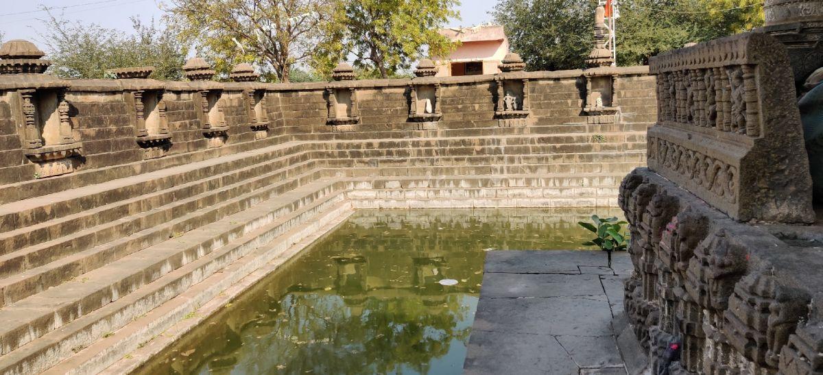 Pushkarini 1.jpg