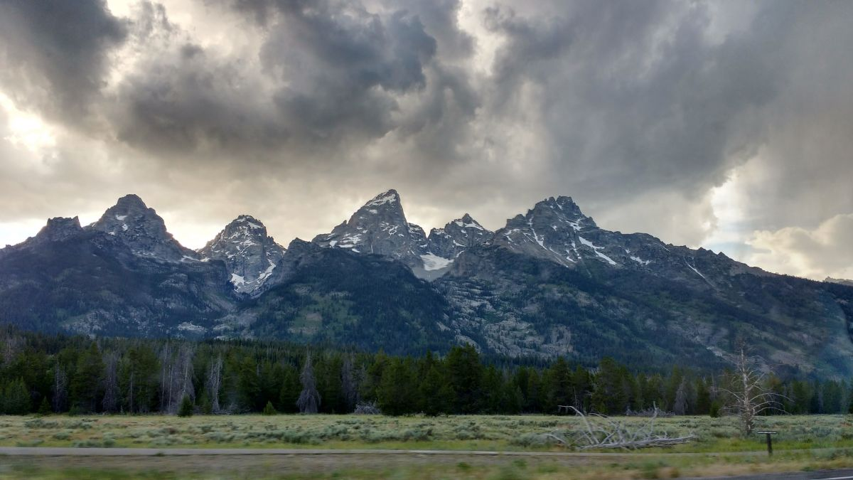 fig2 grand teton mountainIMG_20160701_211527519_HDR.jpg